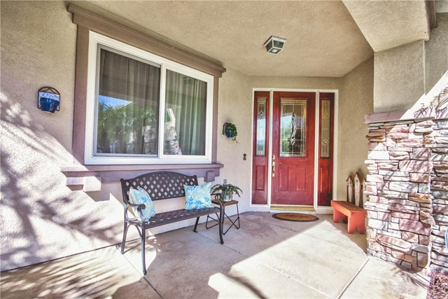 33304 Barrington Dr, Temecula, CA 92592 Photo 2