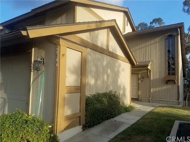 Townhouse for Sale at 2346 Applewood Circle Fullerton, California 92833 United States