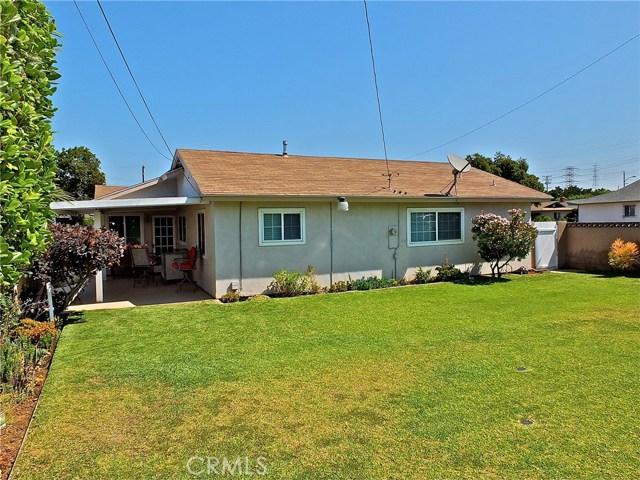 562 E Kenbridge Drive, Carson CA: http://media.crmls.org/medias/b0041ea9-444f-4323-8b55-2c2054d4565a.jpg