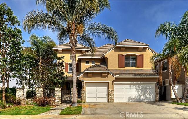 Single Family Home for Sale at 19225 Foxglen Lane Huntington Beach, California 92648 United States