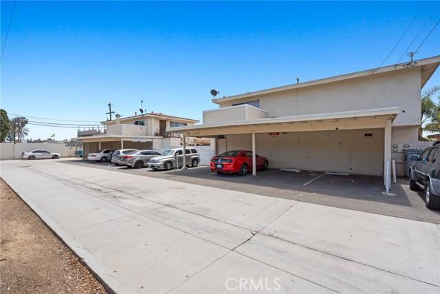 558 Joann Street, Costa Mesa CA: http://media.crmls.org/medias/b01e5d6c-f6b7-4690-a914-f79a1c99c12e.jpg