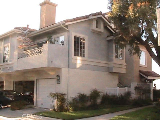 Condominium for Sale at 8047 East Sandstone St 8047 Sandstone Anaheim Hills, California 92808 United States