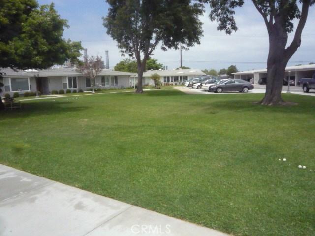 1281 Goldenrain Road, Seal Beach CA: http://media.crmls.org/medias/b0364169-62b8-4402-94f1-314726ad2956.jpg
