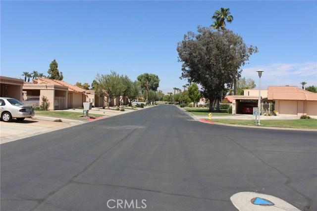 49213 Taylor Street, Indio CA: http://media.crmls.org/medias/b03924a0-9def-4dcd-9bfd-a5c130add7c1.jpg