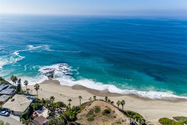 319 Cypress Drive, Laguna Beach CA: http://media.crmls.org/medias/b04612e2-17f3-4541-b149-68135718e42f.jpg