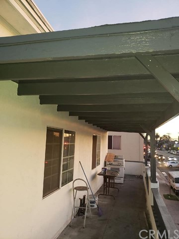 5316 S Hoover St, Los Angeles, CA 90037 Photo 14