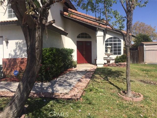 12880 Sample Court, Moreno Valley CA: http://media.crmls.org/medias/b05c815c-dd81-4f1b-9fed-d5f210d61a9c.jpg