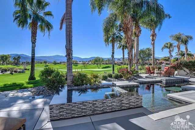 Single Family Home for Sale at 211 Tomahawk Drive 211 Tomahawk Drive Palm Desert, California 92211 United States
