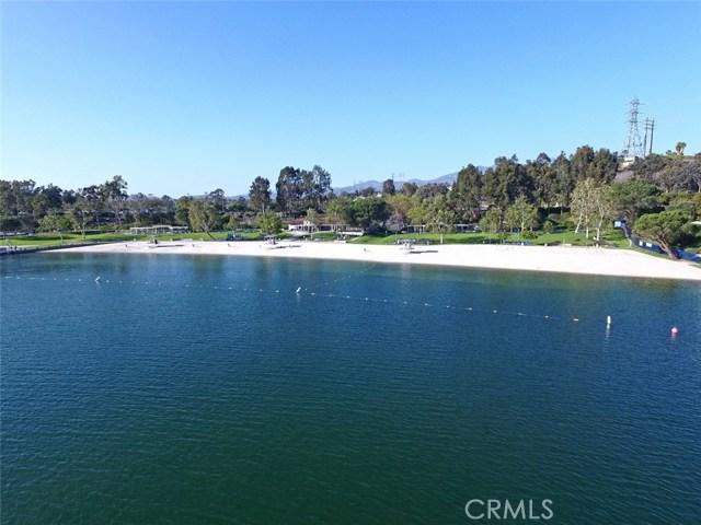 22571 Tindaya, Mission Viejo CA: http://media.crmls.org/medias/b0634a5b-5f51-404b-a285-a1e6d24d5706.jpg