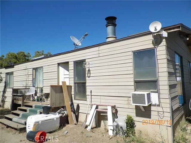 36770 Old Cary Road, Anza CA: http://media.crmls.org/medias/b071deda-6339-4f5b-8395-9a1b68c297d7.jpg