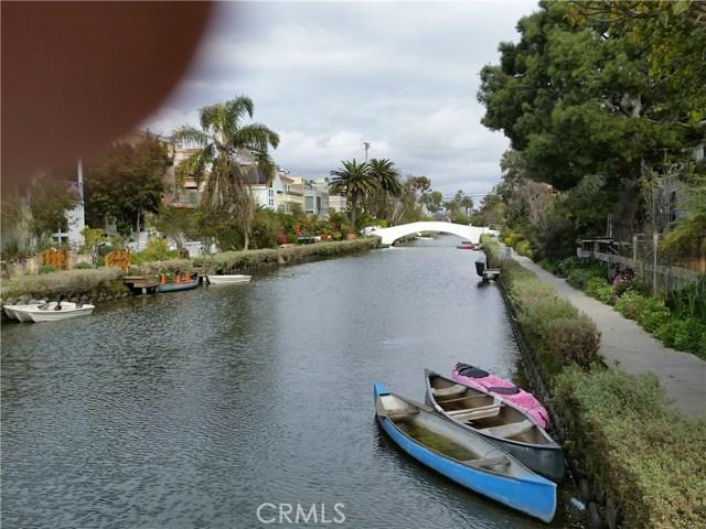 205 Sherman Canal, Venice, CA 90291 photo 3