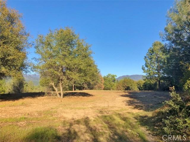 0 3.85 AC Foothill Lane, Oakhurst CA: http://media.crmls.org/medias/b084be6f-f0b8-440b-b05c-c2d940b00ebe.jpg