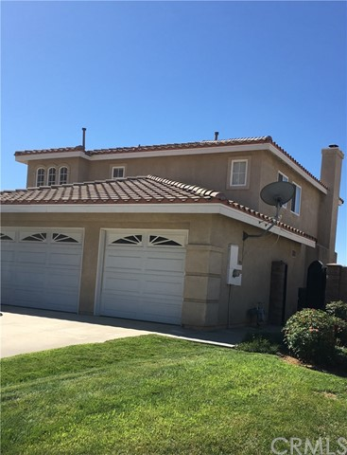 21449 Greyson Road, Moreno Valley CA: http://media.crmls.org/medias/b086a3c7-3115-428e-89e8-32ee4252414d.jpg