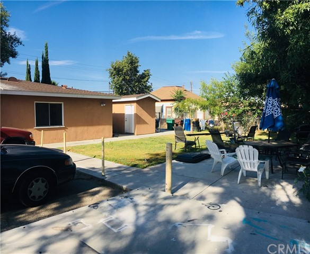 25678 6th Street, San Bernardino CA: http://media.crmls.org/medias/b090b91d-b16a-49b2-a8dd-db6839dc3201.jpg