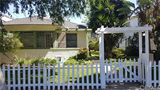 Single Family for Sale at 1727 1st Street E Long Beach, California 90802 United States