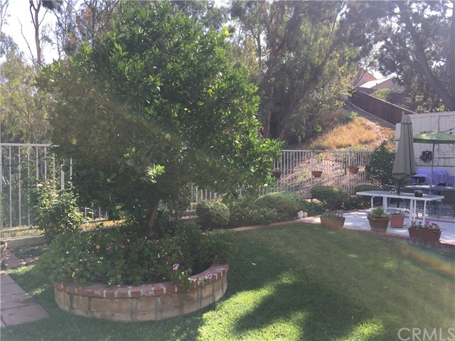 24675 Mendocino Court, Laguna Hills CA: http://media.crmls.org/medias/b095706e-f041-4570-bba0-3f74e4496906.jpg