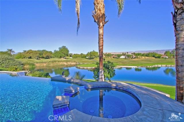 104 Loch Lomond Road, Rancho Mirage CA: http://media.crmls.org/medias/b09c8c5e-46cf-4008-8c0f-fb035c7df1a6.jpg