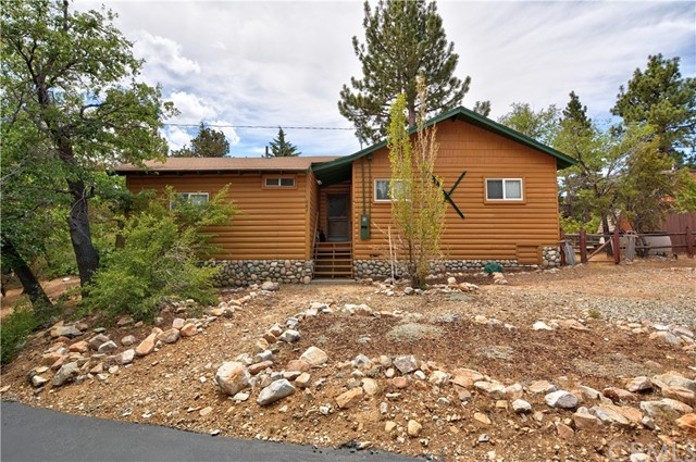687 Villa Grove Avenue, Big Bear, CA, 92314