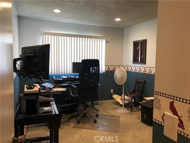 4433 Larwin Avenue, Cypress CA: http://media.crmls.org/medias/b0a72e0e-a786-4e1a-bce1-8187ad51044f.jpg
