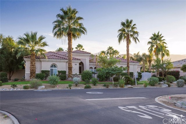 Photo of home for sale at 80207 Tigris Avenue, Indio CA