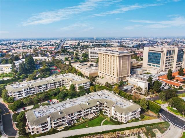 280 Cagney Lane, Newport Beach CA: http://media.crmls.org/medias/b0b414a5-9304-461a-8631-466aac6fa1c0.jpg