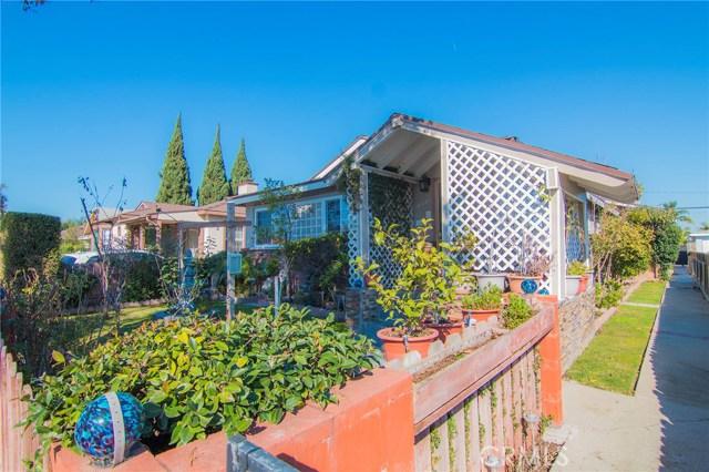4115 W 161st W Street, Lawndale CA: http://media.crmls.org/medias/b0c60207-ff5b-4a0d-851b-9c37a5f49f97.jpg