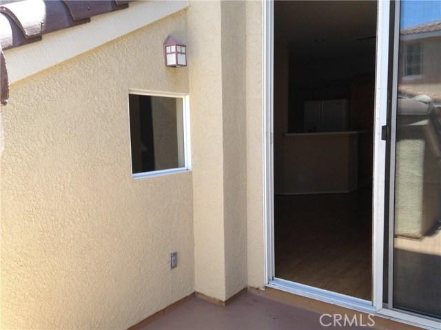 702 Maplewood, Irvine, CA 92618 Photo 3
