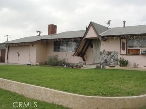 698 N Vista Avenue, Rialto CA: http://media.crmls.org/medias/b0d78534-984a-468e-a522-1dec39122557.jpg