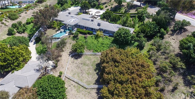 60 Crest Road, Rolling Hills, California 90274, 5 Bedrooms Bedrooms, ,5 BathroomsBathrooms,Single family residence,For Sale,Crest,PV19258616