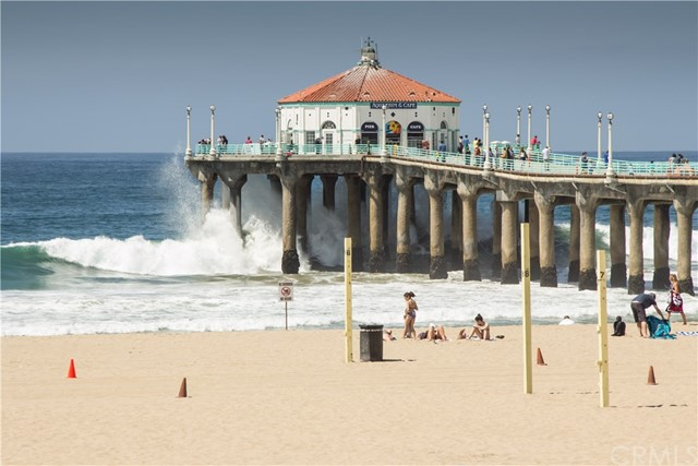 1000 The Strand, Manhattan Beach CA: http://media.crmls.org/medias/b100cd01-205c-426f-971b-b9aa4f82b1af.jpg