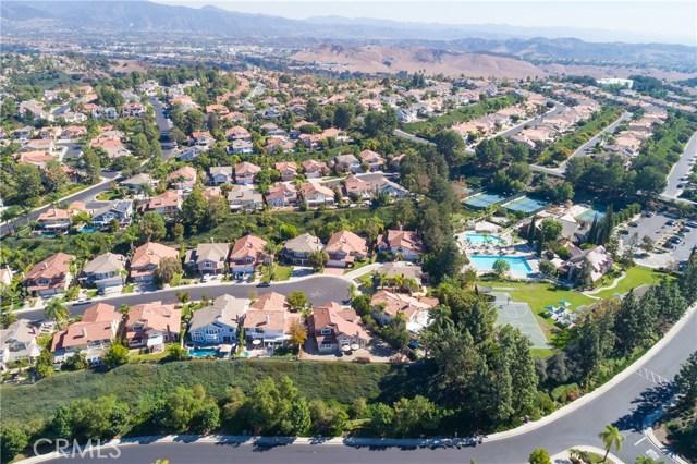 22471 IVY RIDGE, Mission Viejo CA: http://media.crmls.org/medias/b1105669-eeff-4a05-9b91-3034beecda2c.jpg