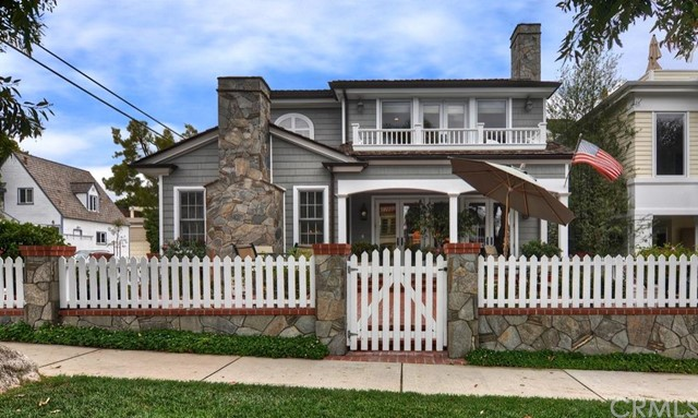 Single Family Home for Sale at 222 Narcissus St Corona Del Mar, California 92625 United States