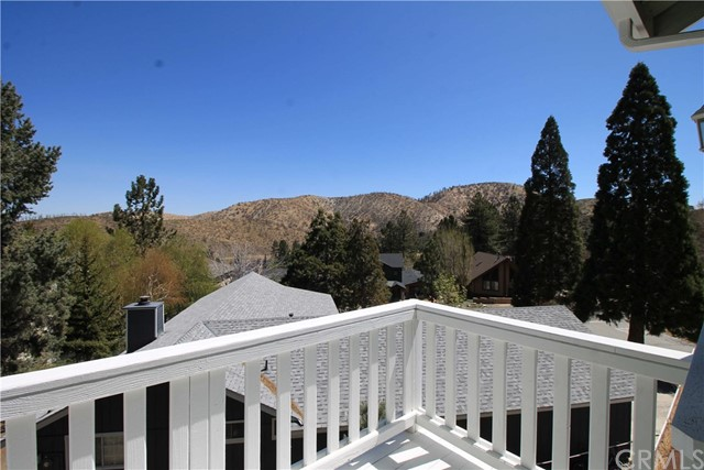 2328 Zurich Court Wrightwood, CA 92397 - MLS #: OC17225883