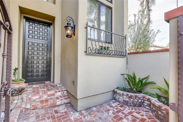 369 Seville Wy, Long Beach, CA 90814 Photo 2