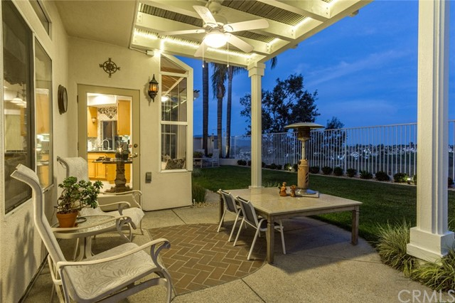 28572 Chimney Rock Circle, Lake Forest CA: http://media.crmls.org/medias/b126c665-45bf-47dc-949f-702ff8743a79.jpg