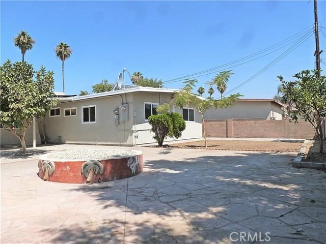 12660 Judd Street, Pacoima CA: http://media.crmls.org/medias/b12a6528-e861-41e7-862b-8acacb9c70d2.jpg