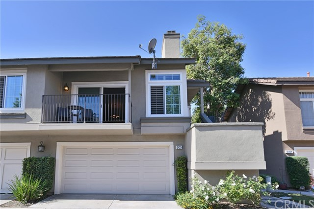 Detail Gallery Image 1 of 32 For 505 S Glenhurst Dr, Anaheim Hills, CA 92808 - 2 Beds | 2 Baths