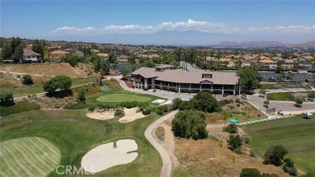 3842 Morales Way, Corona CA: http://media.crmls.org/medias/b135fca4-8ec2-4ffd-90c1-eb62d473a295.jpg