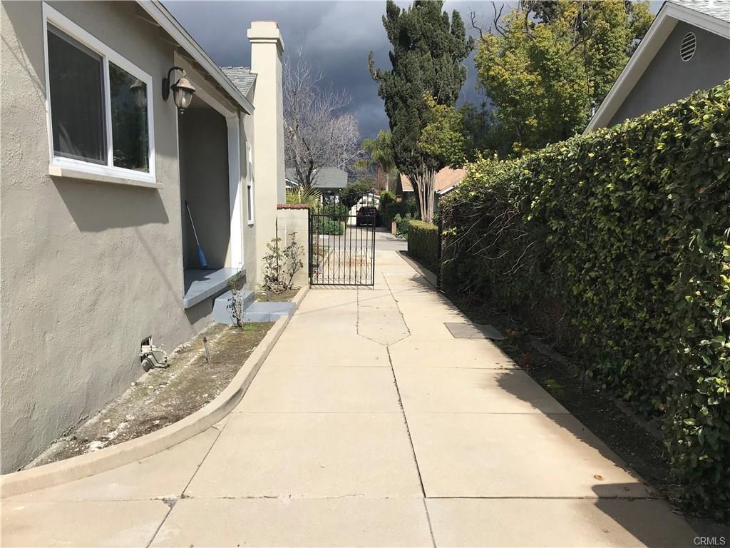 2600 San Marcos Drive, Pasadena CA: http://media.crmls.org/medias/b136773d-272e-43c3-8000-7edf4e4d2c48.jpg