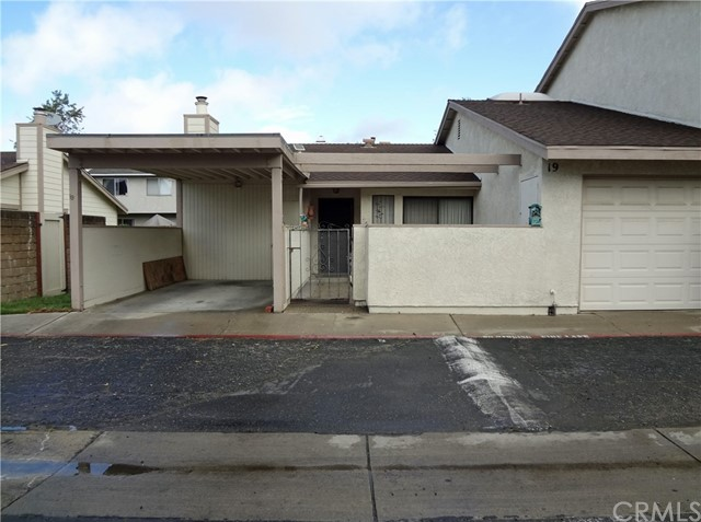 1700 Lynne Drive 19, Santa Maria, CA 93454
