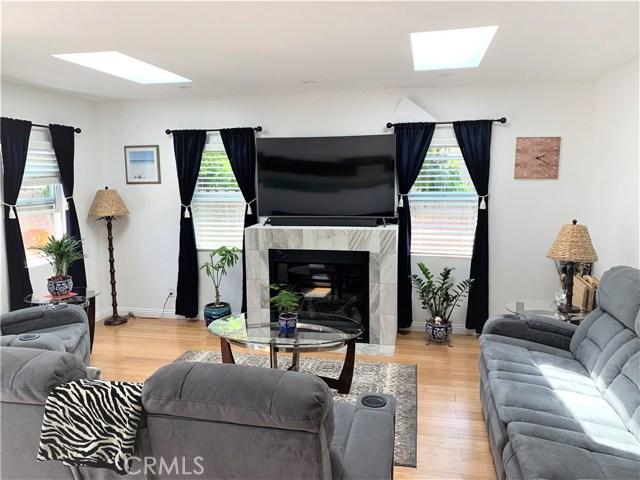 1200 W 226th Street, Torrance CA: http://media.crmls.org/medias/b138bc64-486b-46c1-b54a-52231f98c935.jpg