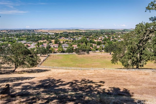 1150 Ladera Lane, Paso Robles, CA 93446