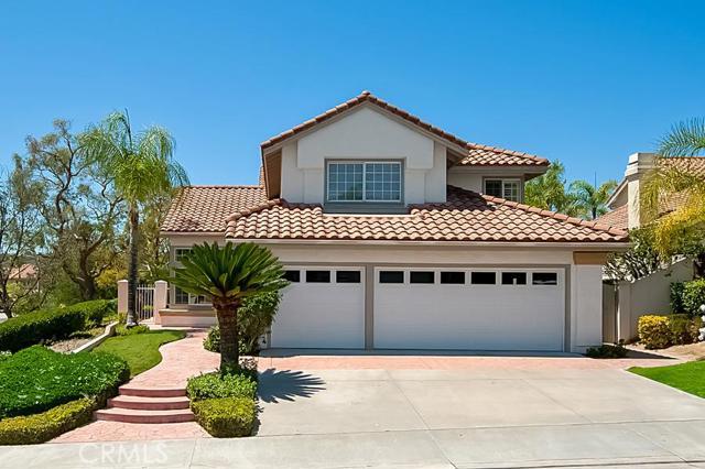 Single Family Home for Sale at 21 Roquedo St Rancho Santa Margarita, California 92688 United States