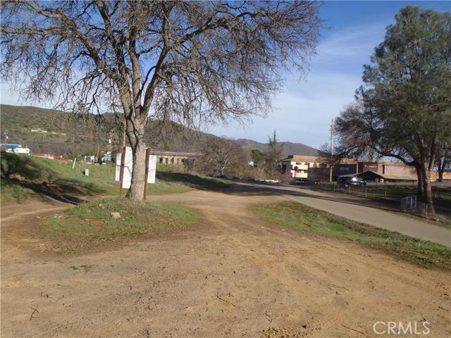 5155 Fournier Road, Mariposa CA: http://media.crmls.org/medias/b1545ba6-124e-4f94-86fd-693bd1de0c41.jpg