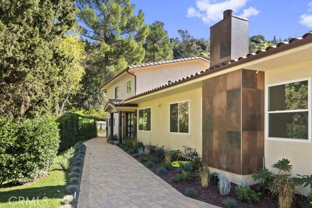 14811 Jadestone Drive, Sherman Oaks CA: http://media.crmls.org/medias/b16f1bc9-ea61-4d74-9bb0-76e78fbd337b.jpg