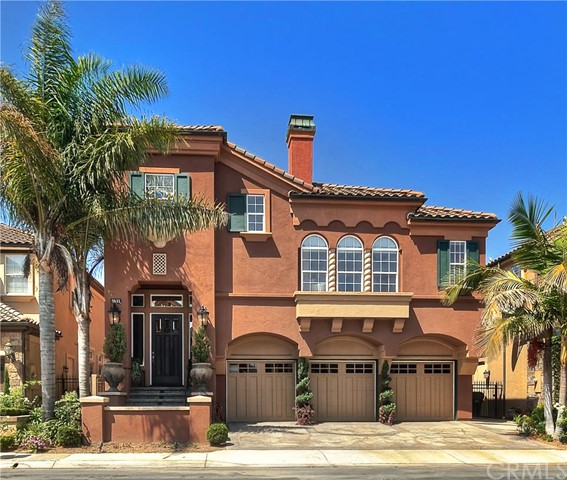 Single Family Home for Sale at 5631 Ocean Terrace St Huntington Beach, California 92648 United States