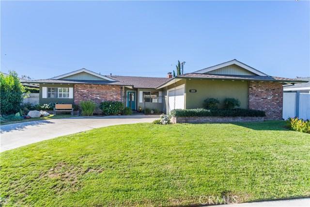 Single Family Home for Sale at 2634 Oakmont Avenue Santa Ana, California 92705 United States