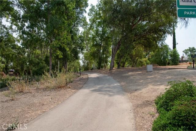 15450 Rolling Ridge Drive, Chino Hills CA: http://media.crmls.org/medias/b1839021-1dff-4b94-92f7-423ec412b7b4.jpg
