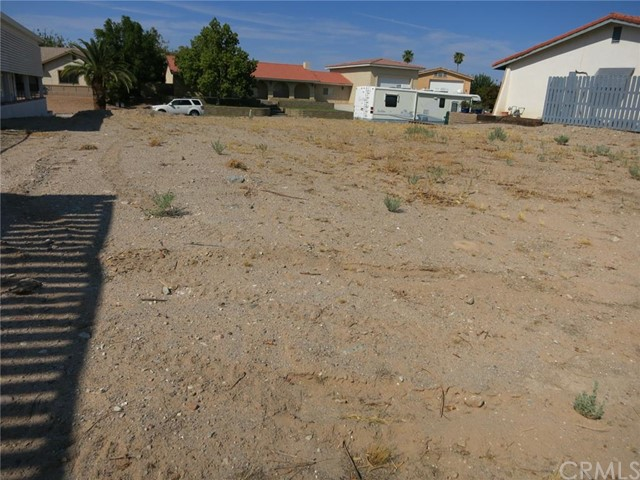 Additional photo for property listing at 625 Lagoon Street  Needles, California 92363 United States