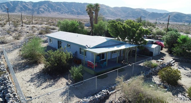 26201 Hopper Road, Desert Hot Springs CA: http://media.crmls.org/medias/b199df28-0c0e-4891-aecd-b482cff65b84.jpg
